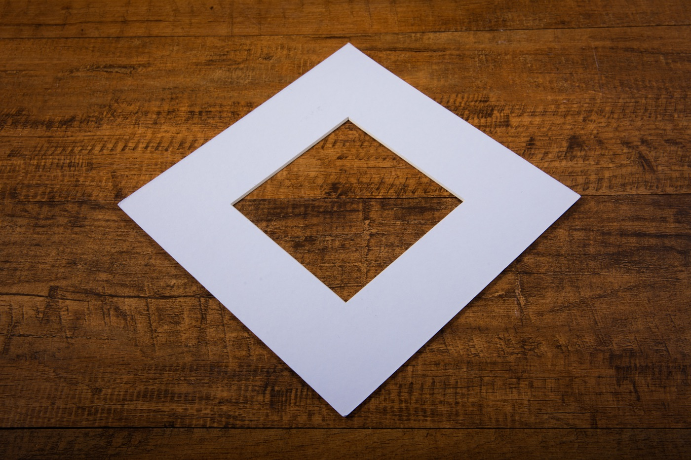 mount board in white